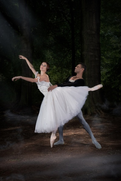 Burnise Silvius & Jonathan Rodrigues in Giselle_Photo Lauge Sorensen 2016 DSC_8103 E (2).jpg